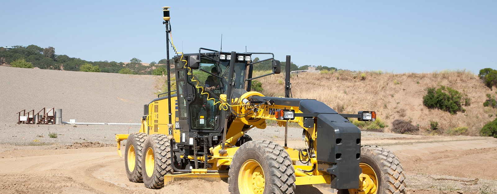 Millimeter GPS Grader | Topcon Positioning Systems, Inc