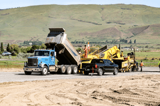 3D machine control is the paving solution of choice on a project to rehab taxiways at Oregon's Columbia Gorge Regional Airport.