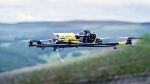 Topcon introduce lo UAS (drone) multirotore per l'Europa