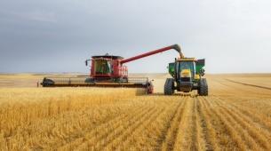 Neue Empfänger und Korrekturdatendienste, anpassbar an jede landwirtschaftliche Anwendung