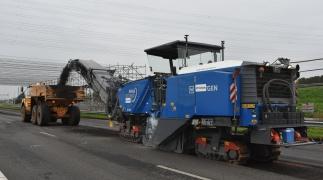 Topcon beschleunigt die Fahrbahnerneuerung auf dem Inseldamm nach Marken