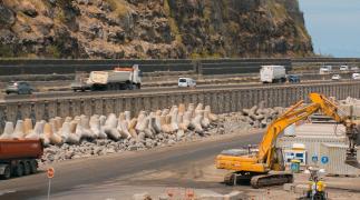 La Réunion: een weg aanleggen in de Indische Oceaan