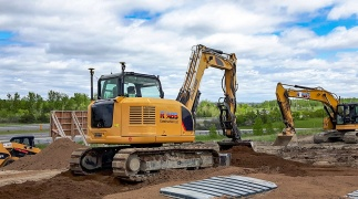 Contractor preps site for large auto mall
