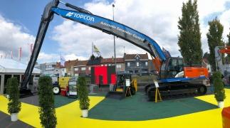 Topcon présente sa nouvelle excavatrice Automatic Excavator X-53x à Matexpo