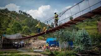 """Ricevitori GNSS e stazioni totali Topcon diretti in Africa in favore dell'organizzazione """"Bridges to Prosperity"""""""