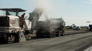 10.000 Tonnen pro Tag: Sanierung einer Start- und Landebahn auf dem Flughafen Brüssel